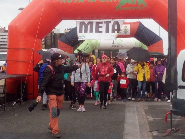 Éxito de convocatoria en la VII Marcha Caminemos para Respirar en Ponferrada